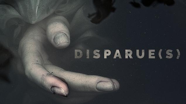 Une main dans l'eau