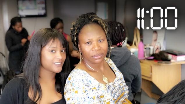 Amédée Bakala, propriétaire du salon Tresses Africans Braids et sa fille Godeline Mayala