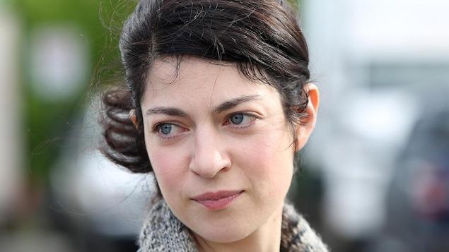 Emmanuelle Lussier-Martinez dans le rôle de Nina Gomez