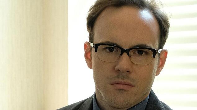Fred-Éric Salvail dans le rôle d'Antoine Chevrier-Marseau