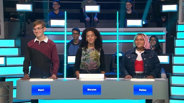 Des participants à l'émission 100 génies.