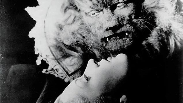 Jean Marais grimé en Bête
