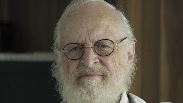 Marcel Sabourin dans son rôle du juge dans Lâcher prise.