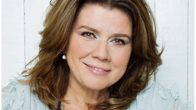 Marina Orsini sourit.