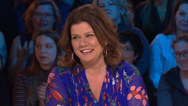 L'animatrice et comédienne sur le plateau des Enfants de la télé.