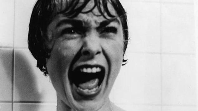 Janet Leigh crie sous la douche