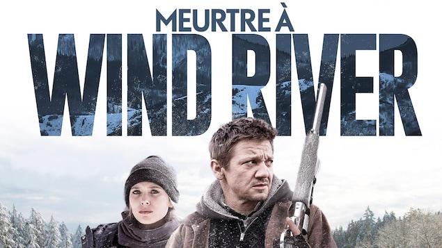 L'affiche du film avec un homme et une femme en dessous du titre Meurtre à Wind River.