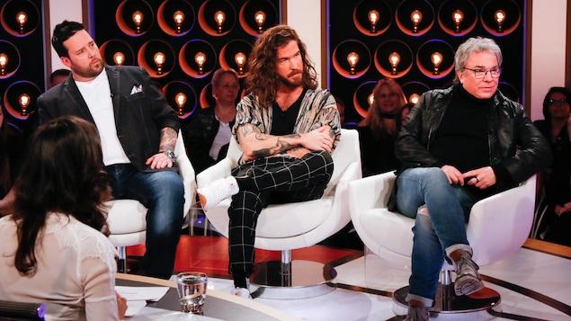 Les trois invités sur le plateau de l'émission Les échangistes.