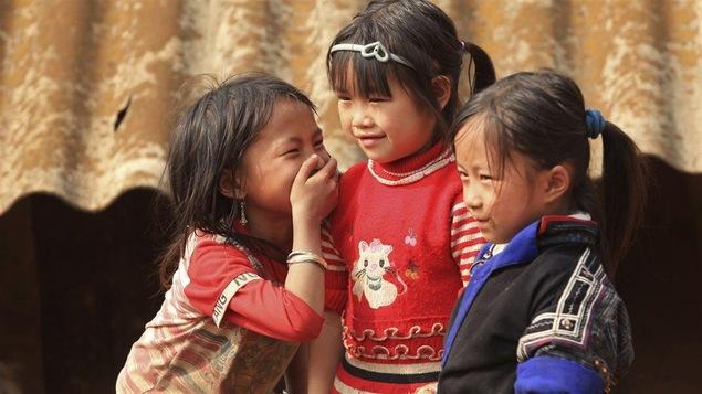 Des petites filles asiatiques