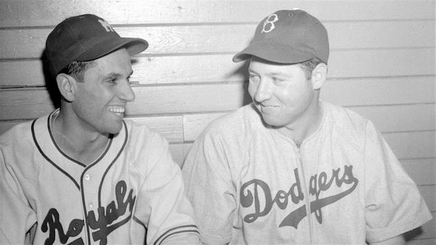 Jean-Pierre Roy (à gauche) en 1946