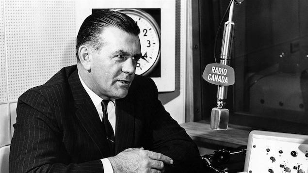 Maurice Richard, en 1969, au micro de Radio-Canada