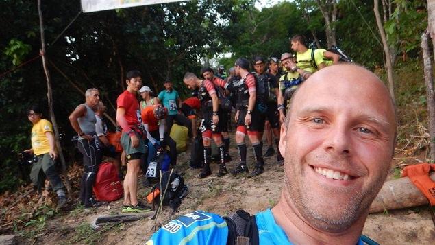 Carl Boulianne sur la ligne de départ lors du <i>Jungle Marathon</i>