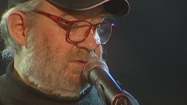 Patrice Desbiens récite un poème (circa 2007)