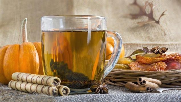 Les antioxydants sont contenus en grande quantité dans le thé, comme dans les légumes verts et les citrouilles.