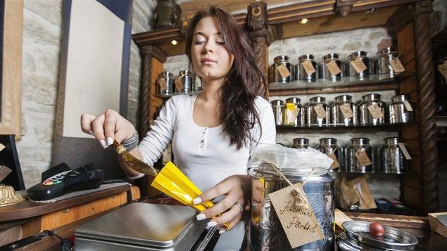 Les salons de thé sont très populaires en Occident depuis les début des années 2000.