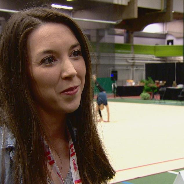 Stéphanie Légère, entraîneuse au Club de gymnastique rythmique Extenso de Dieppe, au Nouveau-Brunswick
