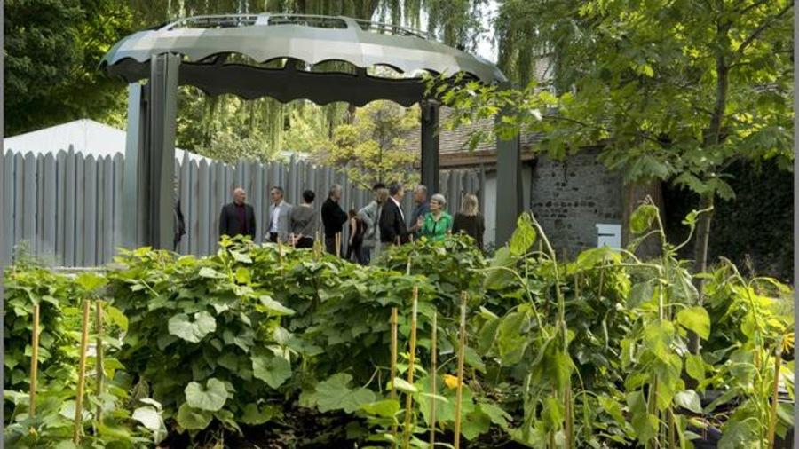Un jardin des origines rappelle l apport des femmes for Ca vient du jardin