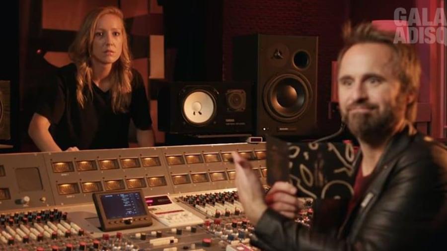 Les deux humoriste en studio